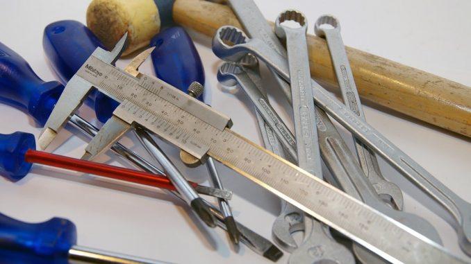 Zum selber Renovieren oder selber bauen braucht man anständiges Werkzeug. - Foto: pixabay.com/jpj2000nl/CCO