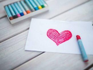 Das Vertrauen in der Beziehung ist ein sehr wichtiger Stützpfeiler einer Partnerschaft. - Foto: pixabay.com/kaboompics/CCO
