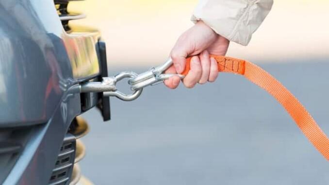 Ein Fahrzeug sicher an die Leine zu legen, ist gar nicht so einfach. - Foto: dmd/panthermedia
