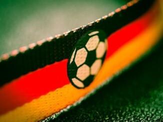 Ab dem 10. Juni ist es endlich soweit Nach dem erfolgreichen WM-Sieg 2014 fiebern die Deutschen der Fußball-Europameisterschaft in Frankreich mit Spannung entgegen. - Foto: pixabay.com/TBIT/CCO