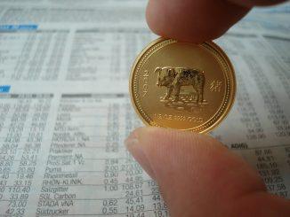 Im Grundsatz gibt es zwei Möglichkeiten in Gold zu investieren. - Foto: pixabay.com/fielperson/CCO