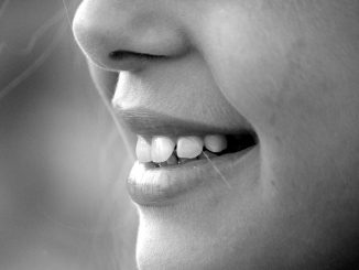 Zahnprobleme können zu psychischen Problemen wie Ängsten und Selbstzweifeln führen. - Foto: pixabay.com/Giuliamar/CCO