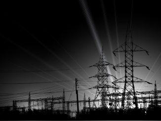 Bei einem 3-Personen-Haushalt ist mit circa 4.000 Kilowattstunden (kWh) im Jahr zu rechnen.