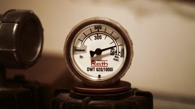 Moderne Brennwertkessel auf dem neuesten Stand der Technik besitzen einen modulierenden Brenner, der sich bei seiner Leistung variabel ist, da dieser sich am individuellen Heizbedarf der Hausbewohner orientiert. - Foto: pixabay.com/tookapic/CCO