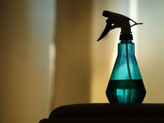 Pro Woche werden in Deutschland 3 Stunden und 17 Minuten zum putzen aufgewendet. - Foto: pixabay.com/Projekt_Kaffeebart/CCO