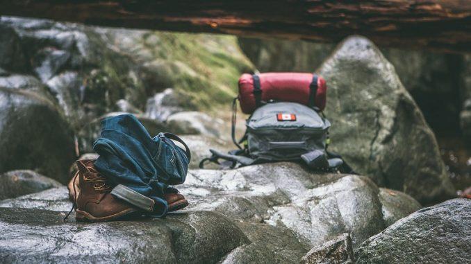 Damit die Reise den gewünschten Erholungseffekt erzielt und inmitten der weißen Pracht keine bösen Überraschungen drohen, sollte der Urlaub gut vorbereitet sein. - Foto: pixabay.com/Pexels/CCO